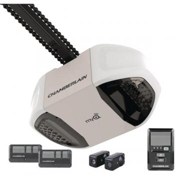 CHAMBERLAIN MYQ PD762EV 3/4HP MyQ(R)-Enabled Chain Drive Garage Door Opener